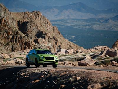 BENTAYGA BREAKS SUV RECORD AT PIKES PEAK