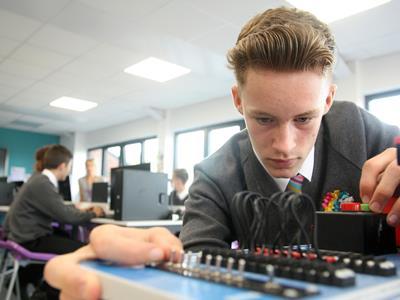 Bentley Newsroom Doors Open At Crewe University Technical College